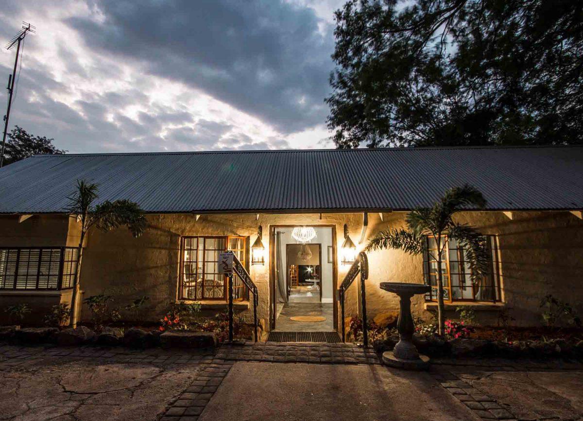 Nightlife at White River Manor
