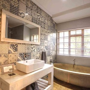 Private Standard Room - Bathroom