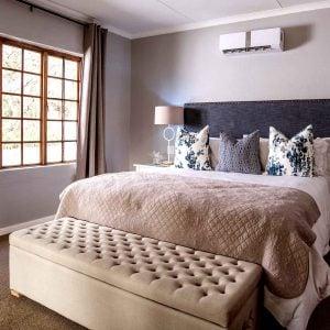 VIP Suite - Bed